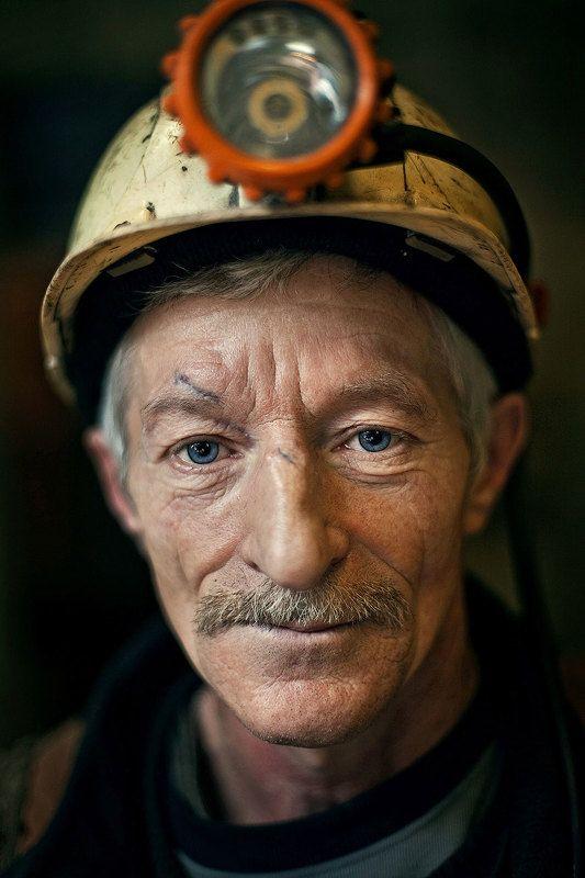 добыча угля Добыча угляphoto preview