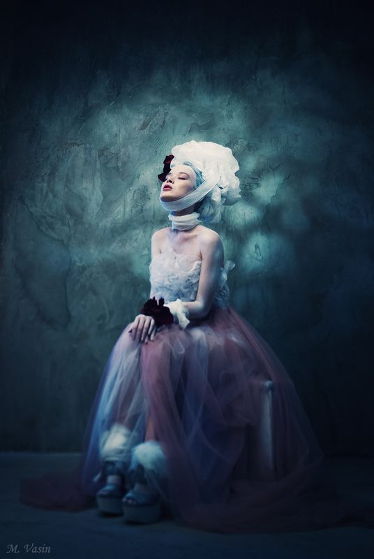 model, girl, studio, light, color, fineart Opheliaphoto preview