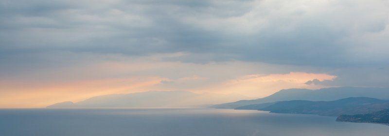 море, закат, горы photo preview
