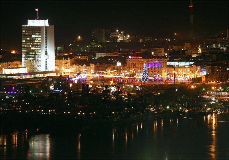 ночь,город,зима, ёлка 2011photo preview