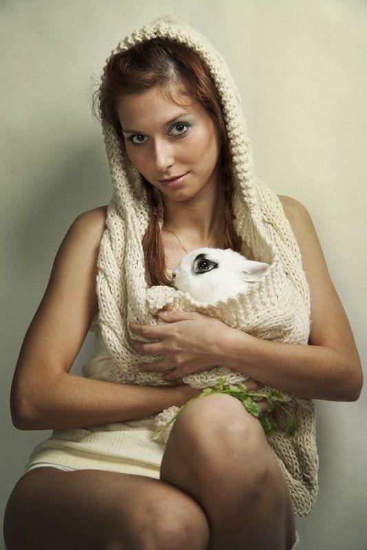 девушка, и, кролик ***photo preview