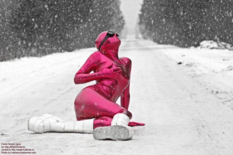 зентай, фетиш, закрытый, комбинезон, розовый, агна деви, фетишна, спандекс, винил, обтягивающий, платформы -17, или инопланетянам холода не страшны)))photo preview