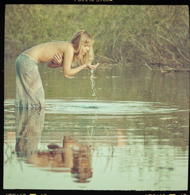 девушка, озеро, вода, пленка, готово ***photo preview
