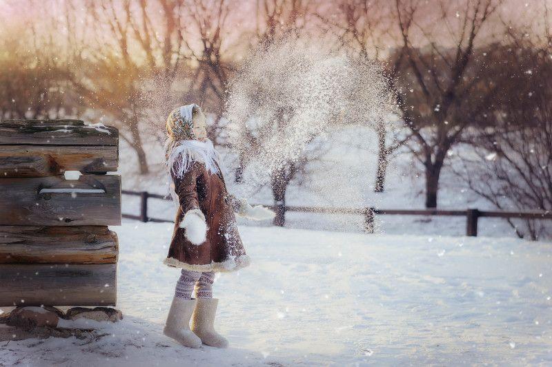 детство, дети, зима, снег, деревня, девочка, улыбка, смех Мое деревенское детствоphoto preview