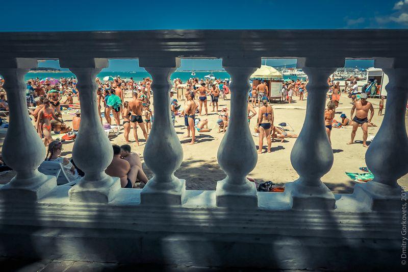 #beach #streetphotography #beachstreetphoto #PhotoByDmitryGorkovets #blacksea #russia #summer #girls Пляжный стрит. Beach Street Photo.photo preview