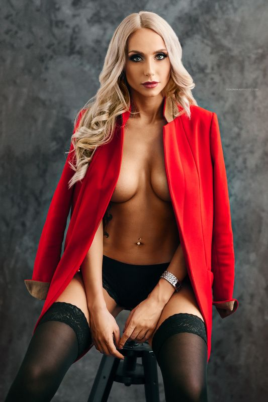 blond, girl, nude, erotic, fashion, zilinskas, studio, natural light Lady In Redphoto preview