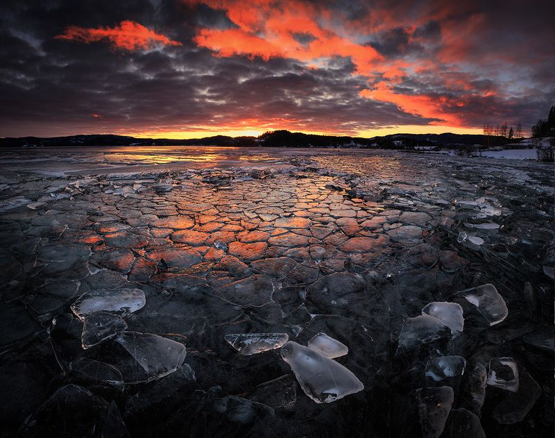 ice,lake,cover,frozen,winter,norway,norwegian,north,cold,frost,jonsvatnet,northern,sunset,light,nature,natural, Fire and icephoto preview