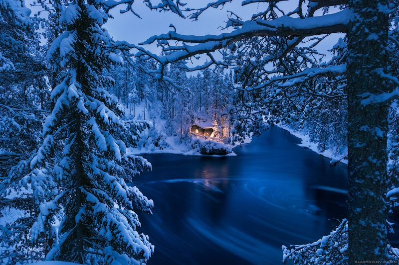 Финляндия, цвет, вода, зима, холод, снег, волшебство, праздник, лес, тишина, одиночество, дом, свет, тепло, ветки, travel, explore, outdoore, finland, lapland, north, wind, snow, freeze, cold, snow, mountains, hills, forest, colorful, house Оуланкаphoto preview
