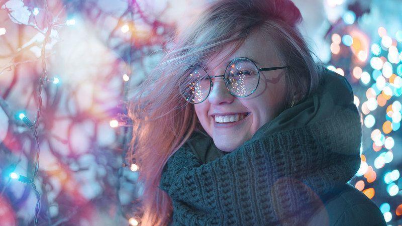 ночь, огни, гирлянда, блики, боке, очки, эмоции, Владиславаphoto preview