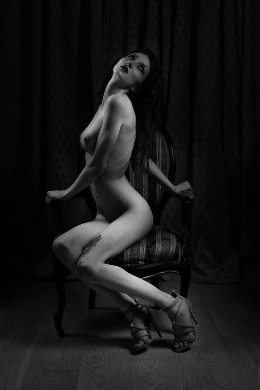nude, girl, woman, bw, akt, ню, арт, портрет, chair - креслоphoto preview