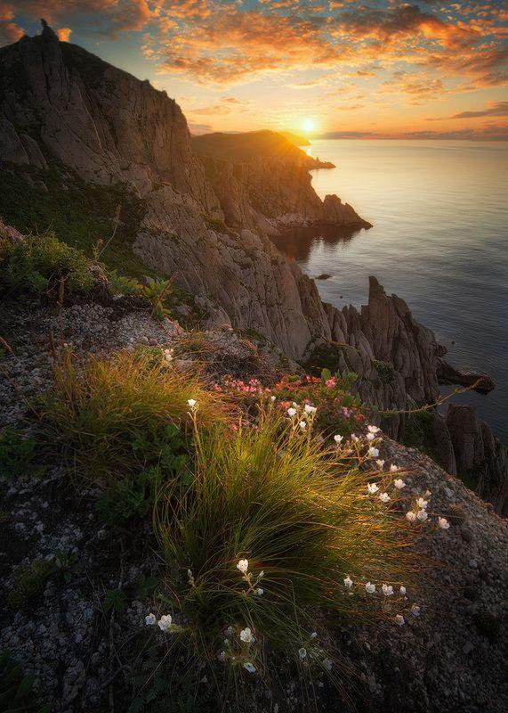приморский край, солнце, рассвет мыс. Лисученкоphoto preview