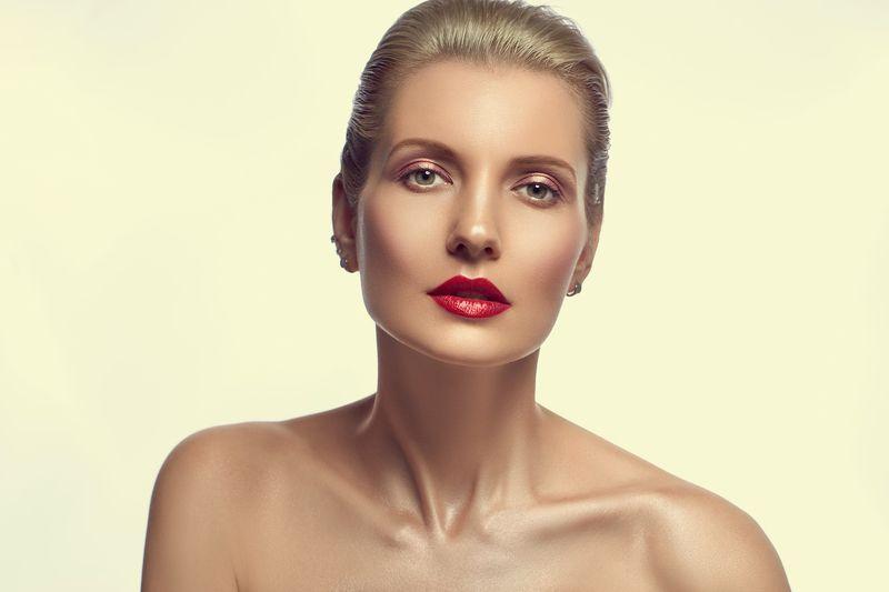 портрет девушка  Beautyphoto preview