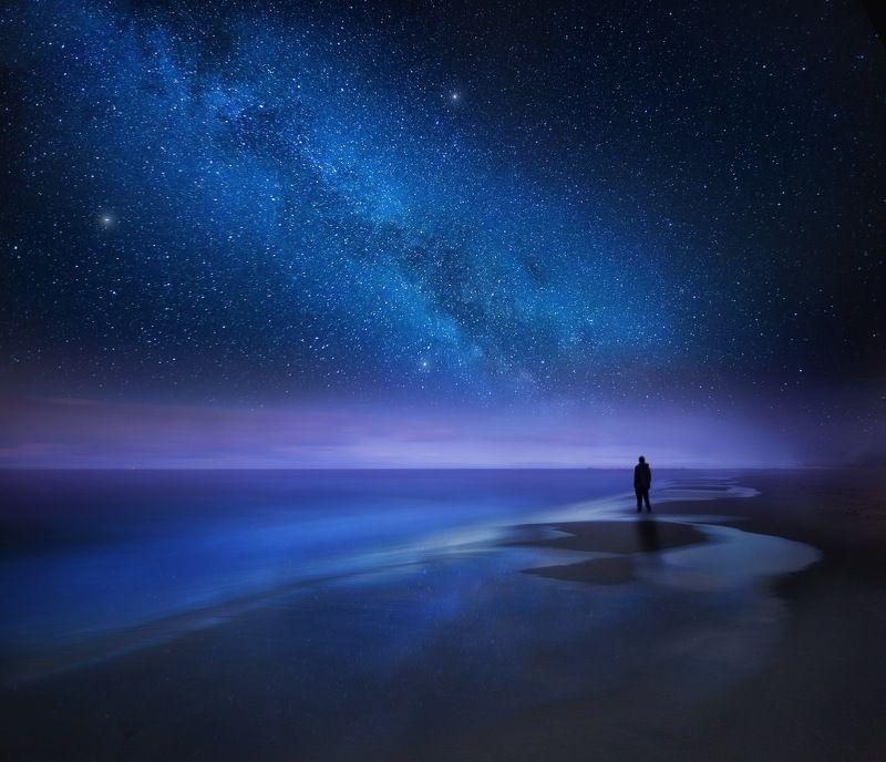 baltic, beach, night, górki zachodnie, gdańsk, milky way, stars, starry, man, silhouette, Sleepy coastphoto preview