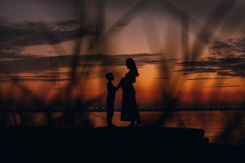 любовь,семья, ожидание, беременность, дети, счастье, владивосток Старший братphoto preview