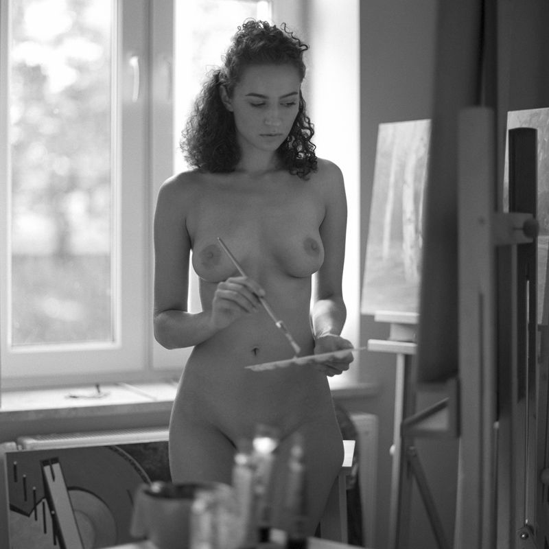 akt, nude, analog, hasselblad, ninoveron, women, topless, fineart, bw, 6x6, Agaphoto preview
