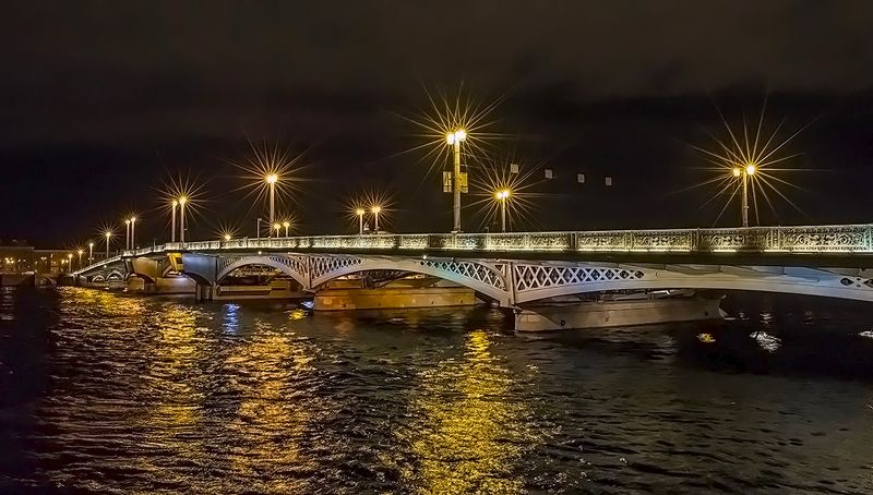 благовещенский мост питер фонари Благовещенский мостphoto preview