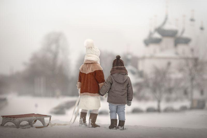 зима, дети, Россия, снег, храм Зимой на горкеphoto preview