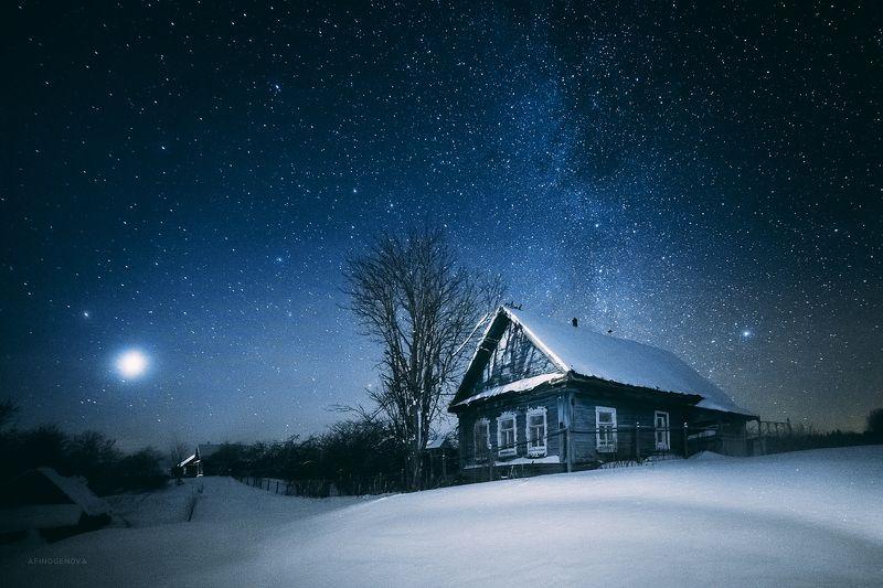 зима ночь снег деревня свет звезды Ночь в деревнеphoto preview