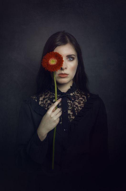 flower model portrait mood studio photo preview