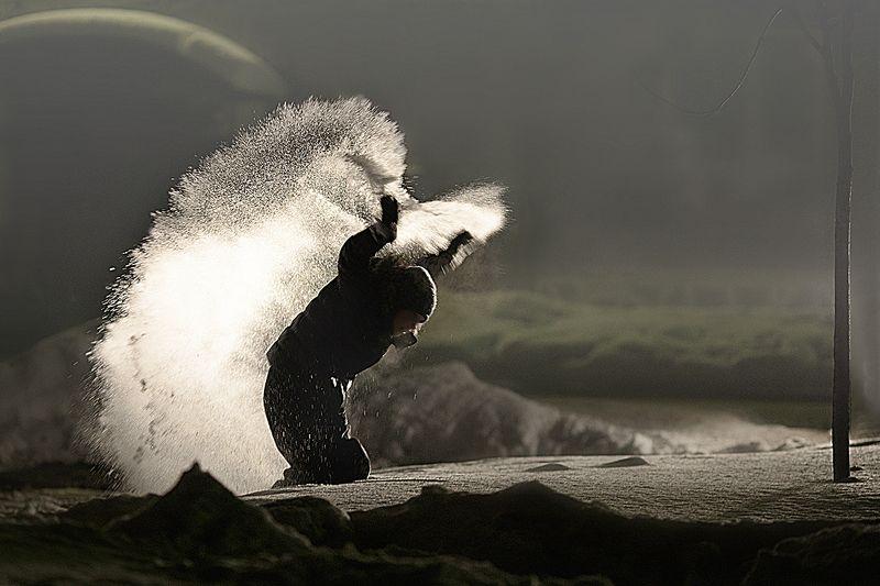 ночь, зима, дети, контровой свет Снежный ангелphoto preview