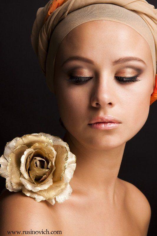 beauty, portrait Golden Rosephoto preview