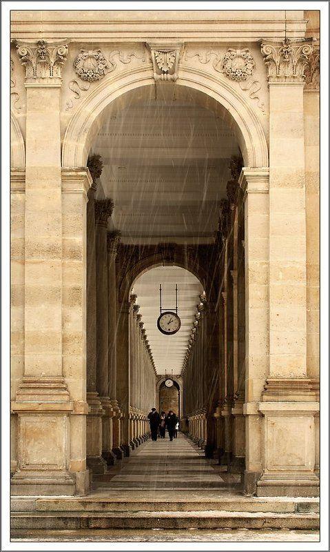 карловы вары, источник ВременнАя колоннадаphoto preview