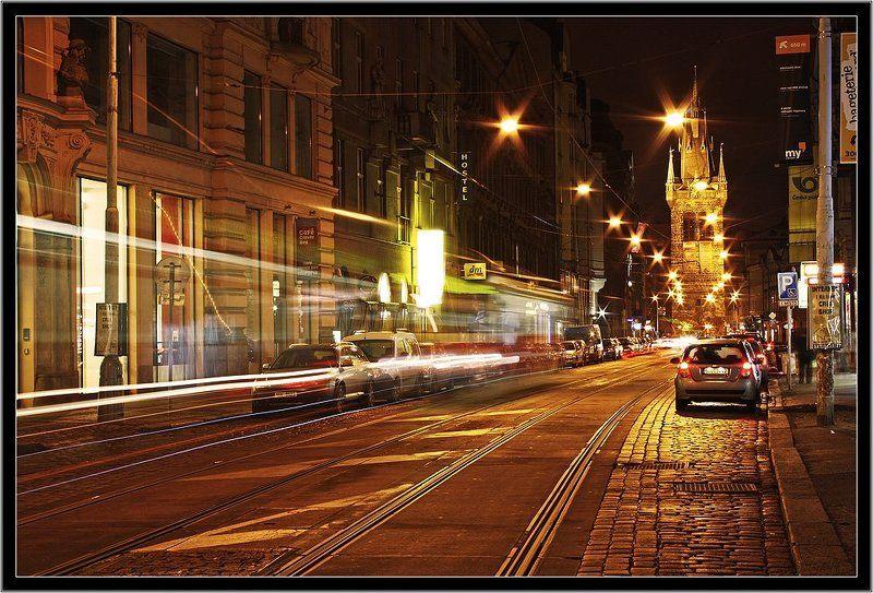 ночной, город, прага Сверхскоростной трамвайphoto preview