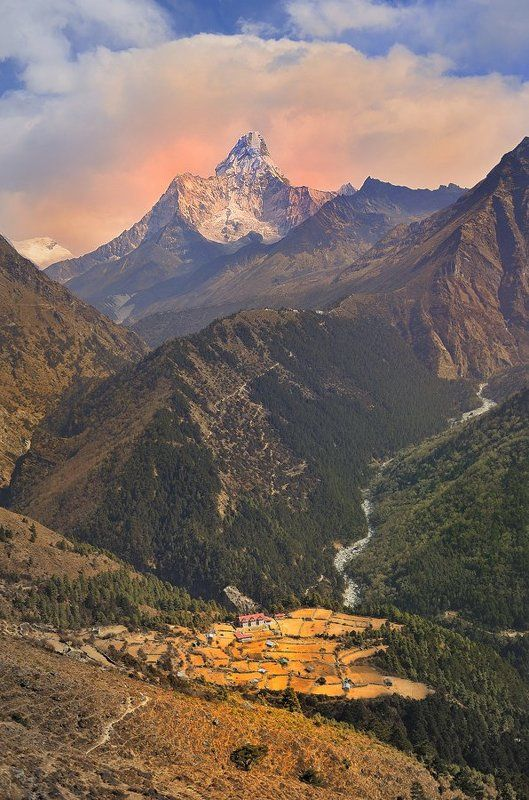 Гималайская деревушкаphoto preview