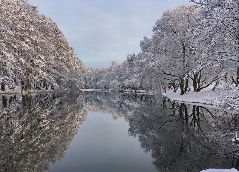 ... тёплый свет декабря ... (Минск)photo preview