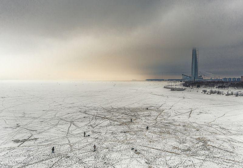 зима,рыбалка,залив,башня Зимняя рыбалка на льду Финского заливаphoto preview