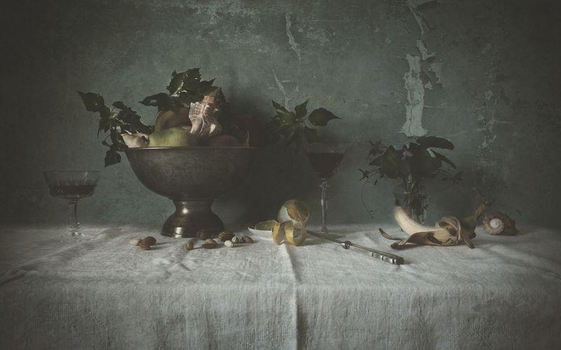 wine, lemon, glass, vase, shell, texture, table, still life ***photo preview