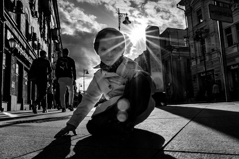 #photobydmitrygorkovets #model #childphotography #streetphotographty #moodyportrait На Мясницкой. photo preview