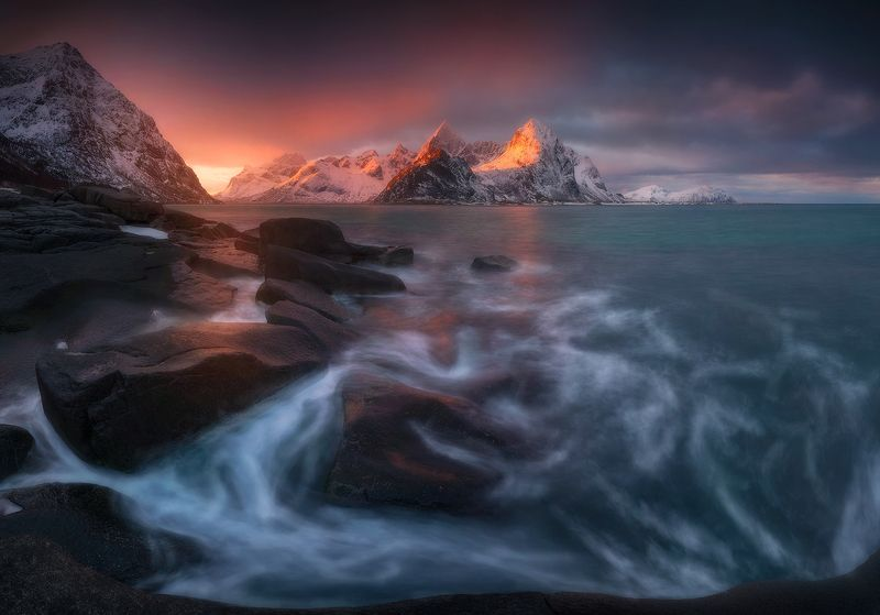 vareid lofoten norway sunrise sea rocks mountain  vareid Iphoto preview