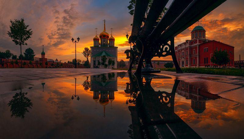 тульский кремль Вид из-под лавкиphoto preview