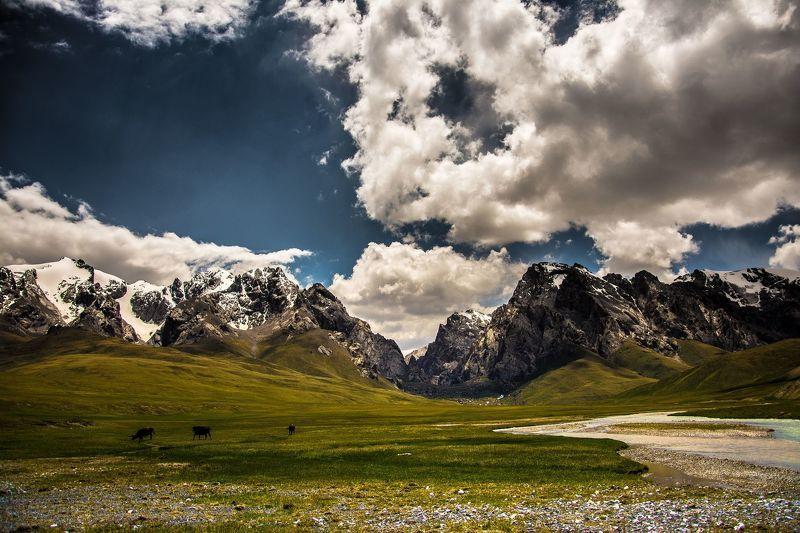горы, лето, природа, пейзаж, небо, облака Горыphoto preview