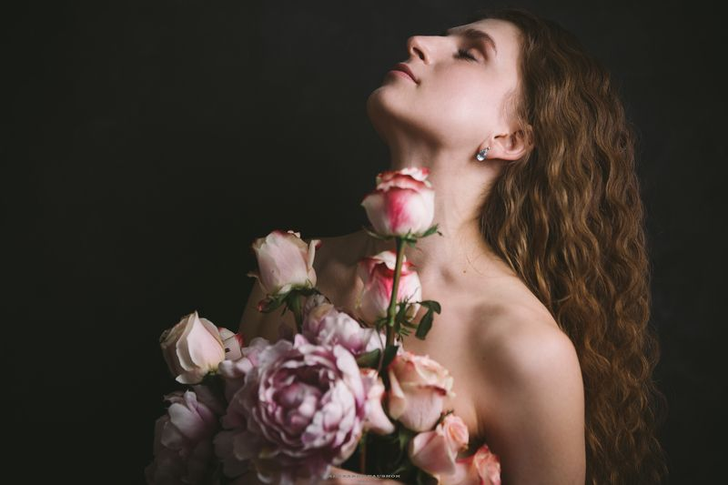 art, body, girl, skin, beauty, flowers, portrait Holy Aromaphoto preview