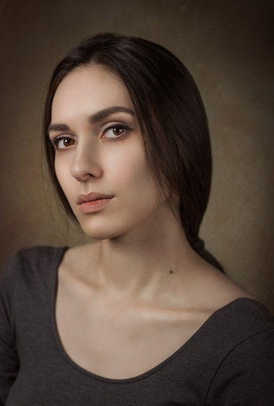 девушка портрет Наталияphoto preview