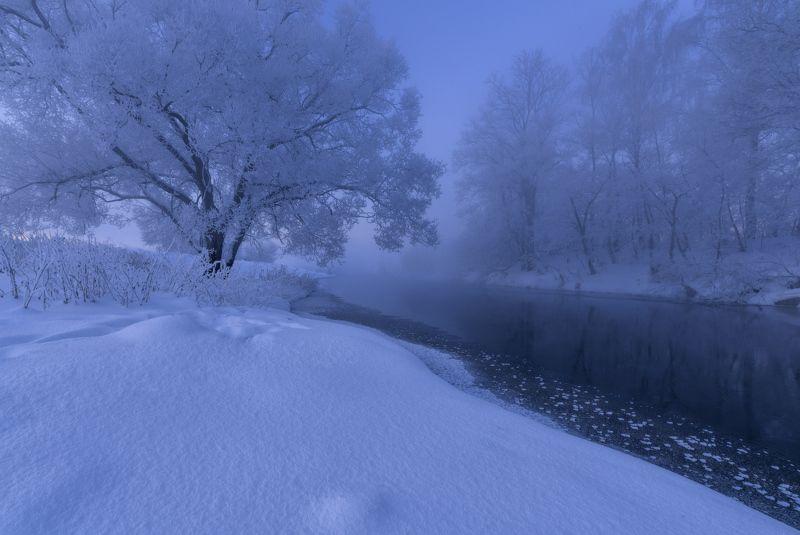 И снег бескрайний.photo preview