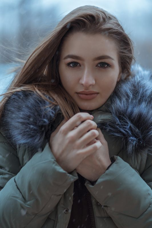 model, beauty, style, art, winter, snow, retouch, color, face, eyes, 85mm, bokeh, color, girl, outdoor, natural, light Maria Savin - Winter photo preview