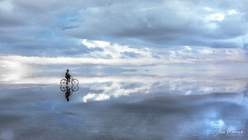 солончак, боливия, южная, америка, салар, уюни, отражение, небо, облака Где то в другой реальностиphoto preview