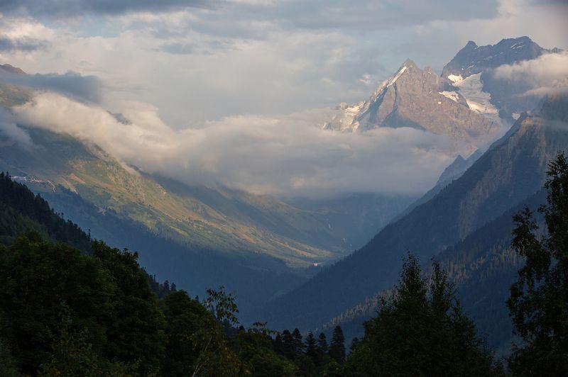 крачаево-черкесия , кчр , горы , домбай Алибекское ущелье ...photo preview
