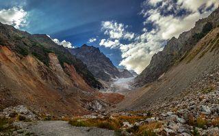Ледник Чалаади.