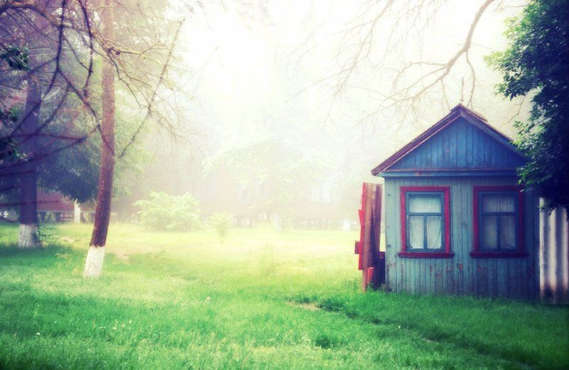 домик, туман, раннее утроphoto preview