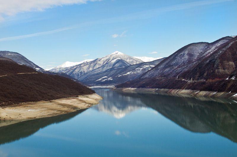 гудаури, водохранилище, грузия Водохранилище в Гудауриphoto preview