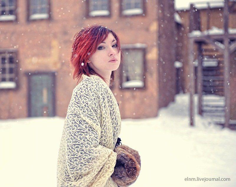портрет, цветное, девушка Снегphoto preview
