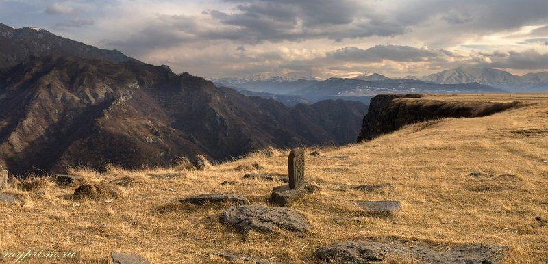 армения, горы, хачкар, камни Древние камниphoto preview