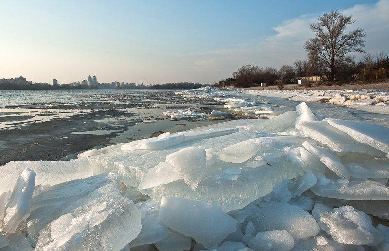 киев, днепр, лед, весна, март, река Весна на Днепре..photo preview