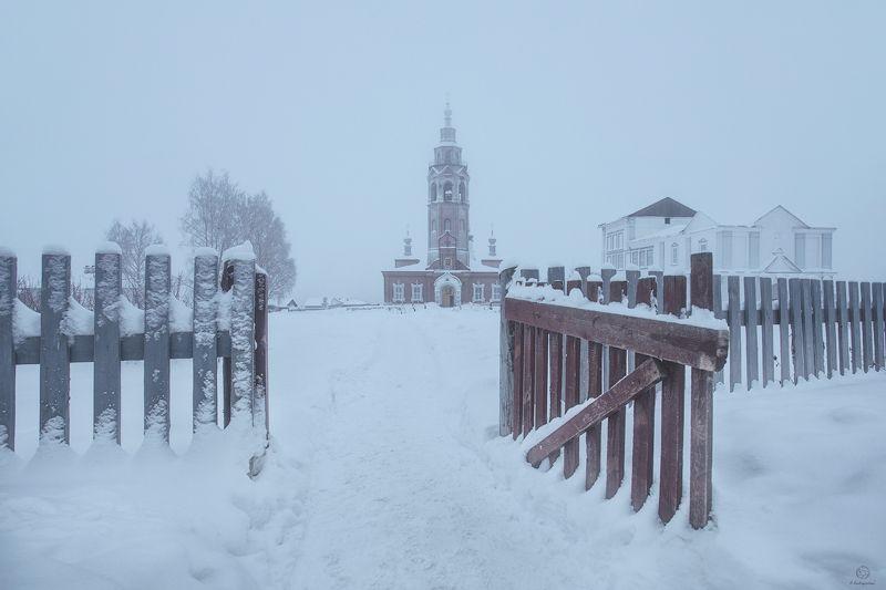 вера, снег, церковь Исповедь / Чердынь / Perm regionphoto preview
