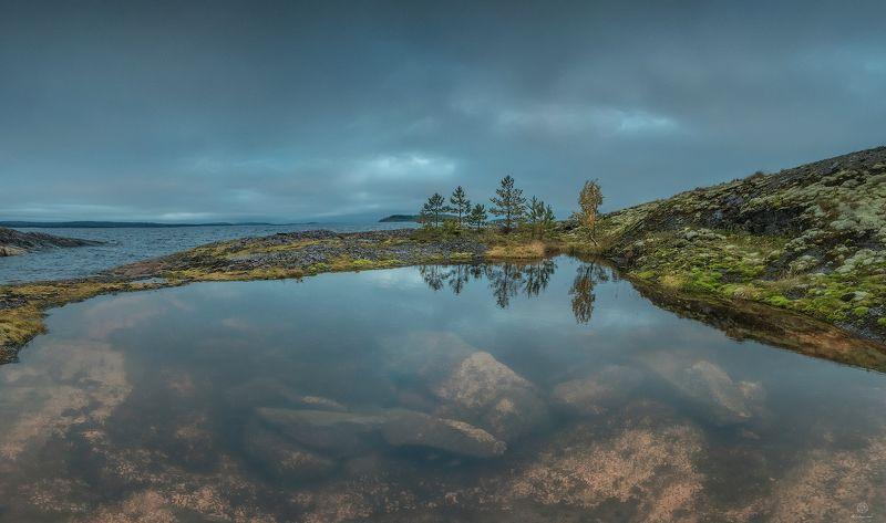 вода, камни, отражение Таинственный штиль / Ladoga skerriesphoto preview