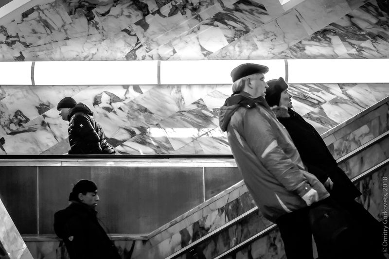 #photobydmitrygorkovets #moscow #moscowsubway #streetphotography Moscow subwayphoto preview